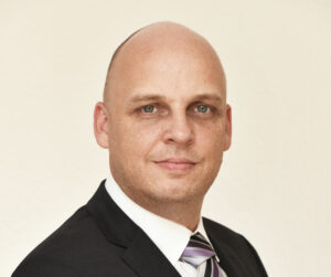Dr. Kai Steinbach